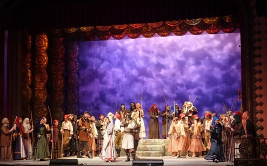 Mersin Dövlət Opera və Balet Teatrında Koroğlu operasının təqdimatı olub