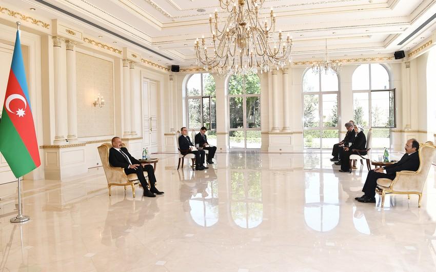 Ilham Aliyev receives credentials of incoming Turkish ambassador