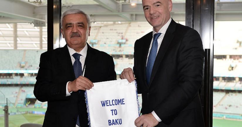 Rovnag Abdullayev meets with FIFA President