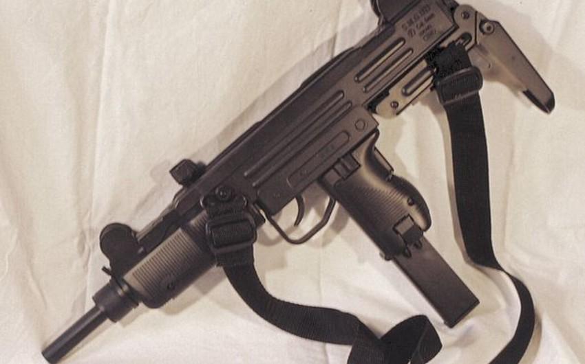 Yevlax sakinindən silah götürülüb