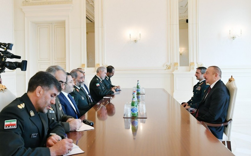 President Ilham Aliyev receives delegation led by Islamic Republic of Iran Border Guard commander