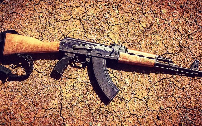 У жителя Джалилабада изъяты автоматическое оружие и наркотическое вещество