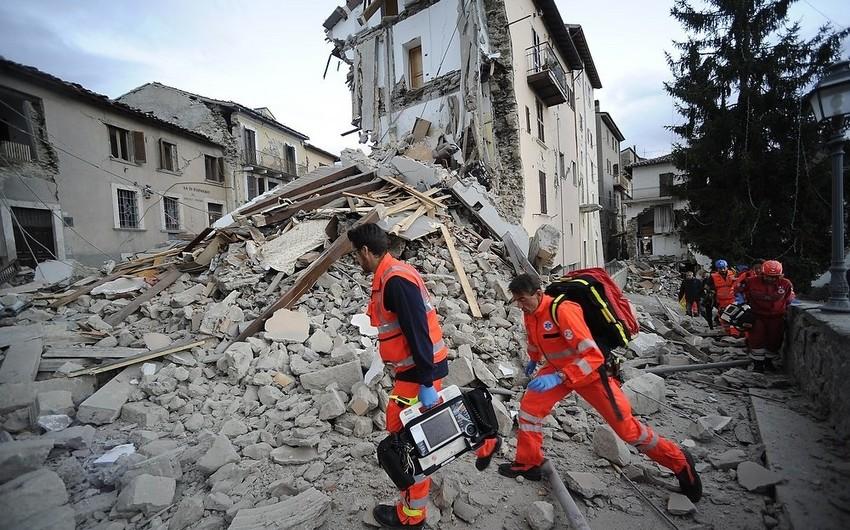 В Италии обрушилось здание, под руинами находятся люди