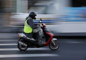 Ekspert: Moped sürücülərinə vəsiqə tələbi onları məsuliyyətli edəcək