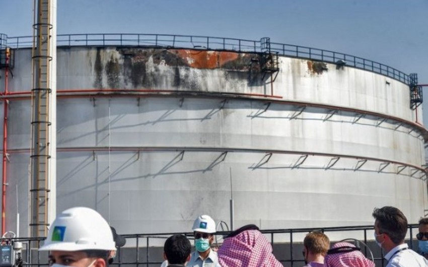 Saudi oil facilities attacked by Houthis