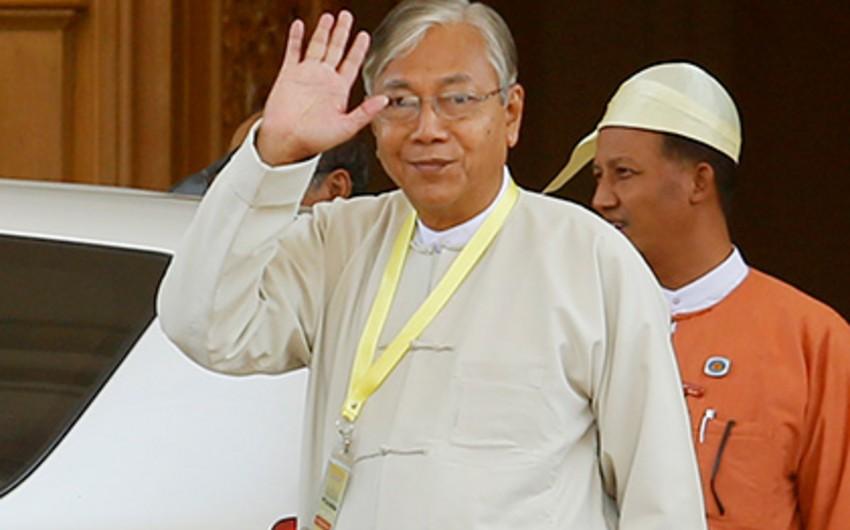 Myanma prezidenti vəzifəsindən istefa verib