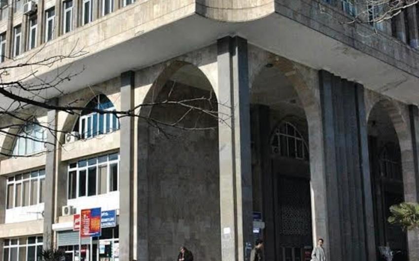 Elmlər Akademiyası metro stansiyasının vestibülü bağlanır