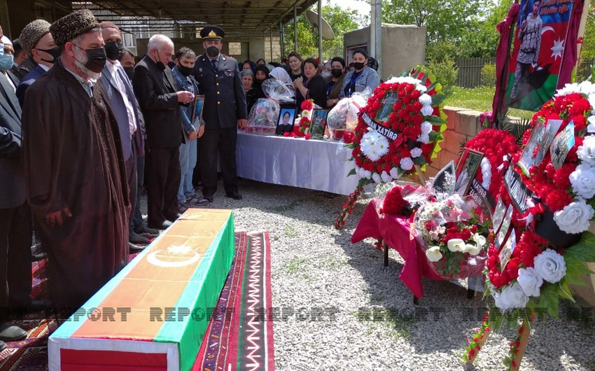 Hajigabul residents bid farewell to Patriotic War martyr - UPDATED