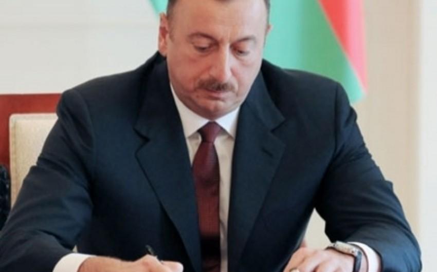 """Prezident """"ADY"""" QSC ilə İran Dəmir Yolları arasında müqaviləni təsdiq edib"""