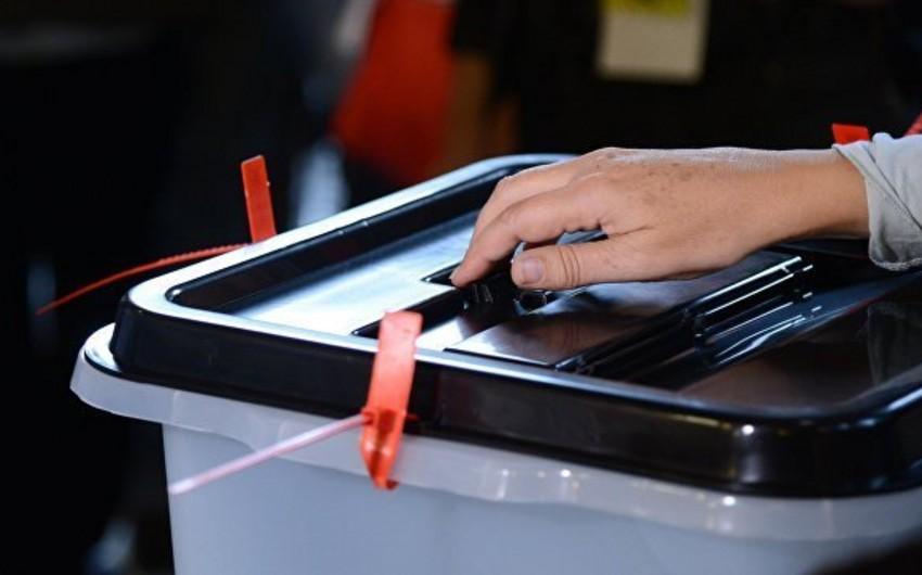 Количество обратившихся для участия в муниципальных выборах партий достигло 12 - СПИСОК