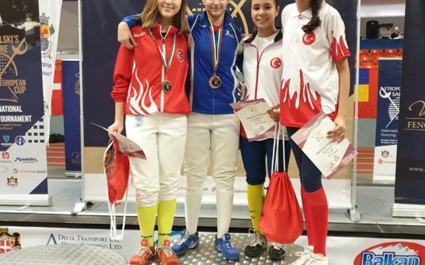 Azərbaycan qılıncoynadanı beynəlxalq turnirdə gümüş medal qazanıb