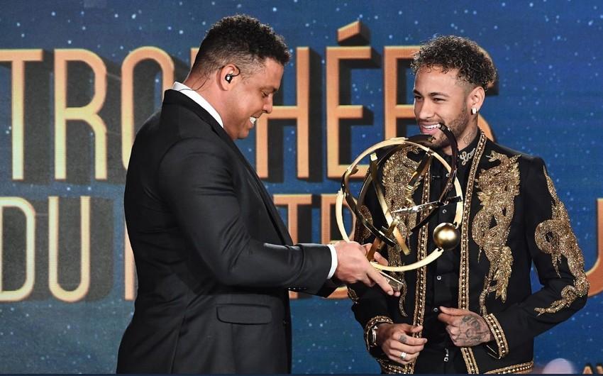 Neymar Fransada mövsümün ən yaxşı futbolçusu seçilib
