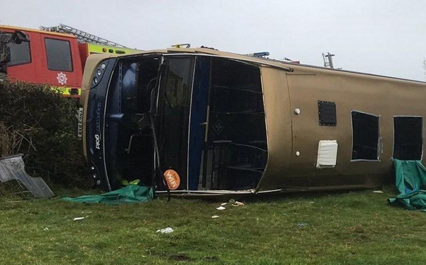 Peruda iki avtobus toqquşdu, 11 nəfər öldü