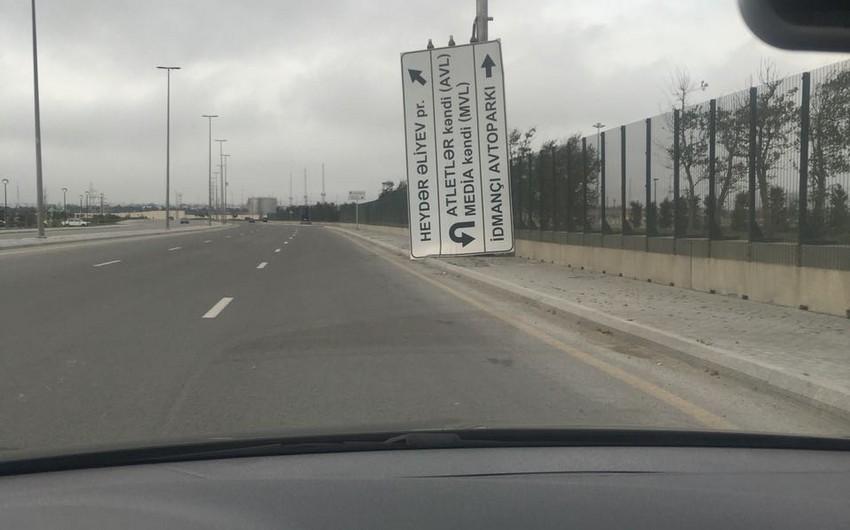 Güclü külək Azərbaycanda yol təsərrüfatına ciddi ziyan vurub - FOTO