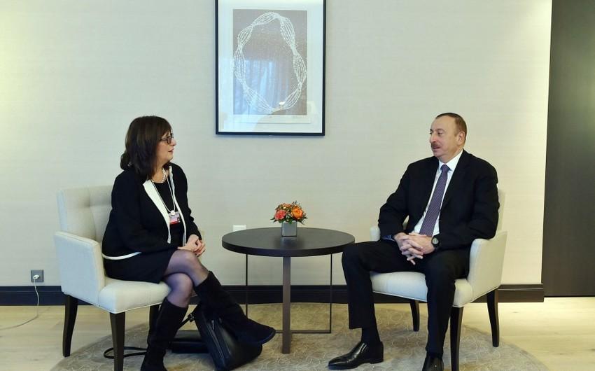 """Prezident İlham Əliyev """"Microsoft Corporation"""" şirkətinin vitse-prezidenti ilə görüşüb"""