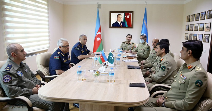 Azerbaijan, Pakistan mull issuesof military aviation