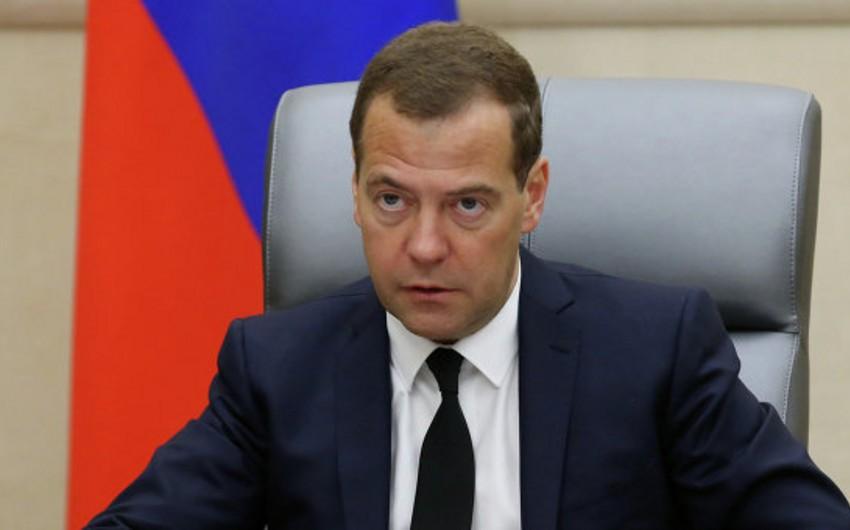 Medvedyev: Rusiya Türk axını layihəsi ilə bağlı nikbindir