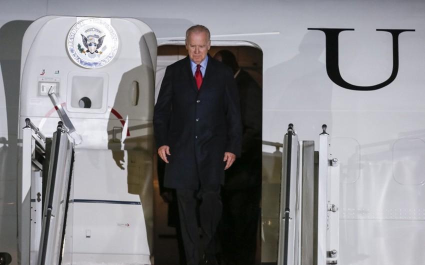 ABŞ-ın vitse-prezidenti Ukraynada səfərdədir
