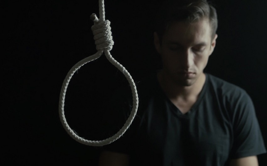 Sumqayıtda gənc oğlan intihar edib - YENİLƏNİB