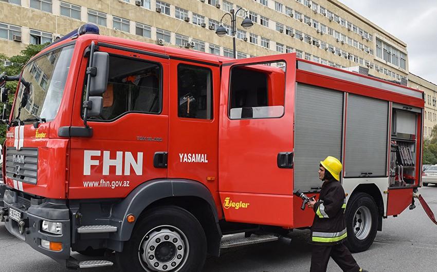 Азербайджанские пожарные готовятся к отправке в Турцию