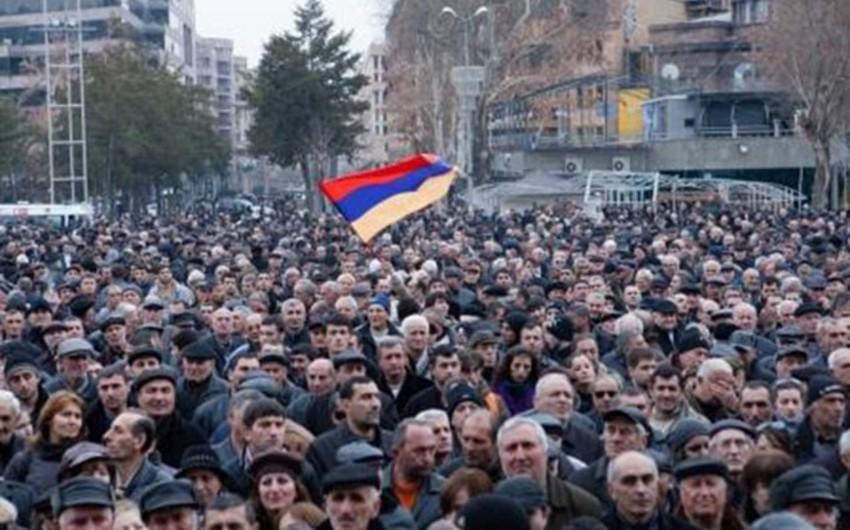 """Ermənistanda """"Əriklər Ölkəsi"""" Partiyası insanları parlament seçkilərinə qarşı dinc aksiyalara çağırıb"""