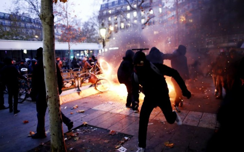 France: Largest protests in recent years taking place