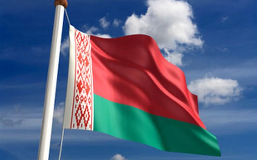 Belarus prezidenti: Rusiya bazarına yalvarmağı dayandırmaq lazımdır