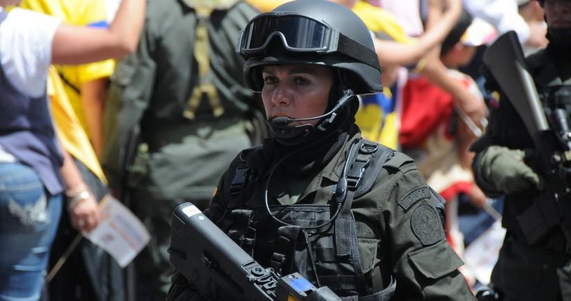 В Колумбии протестующие напали на полицейские посты, есть погибшие
