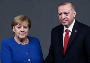 Ərdoğanla Merkel regional və digər məsələləri müzakirə etdilər