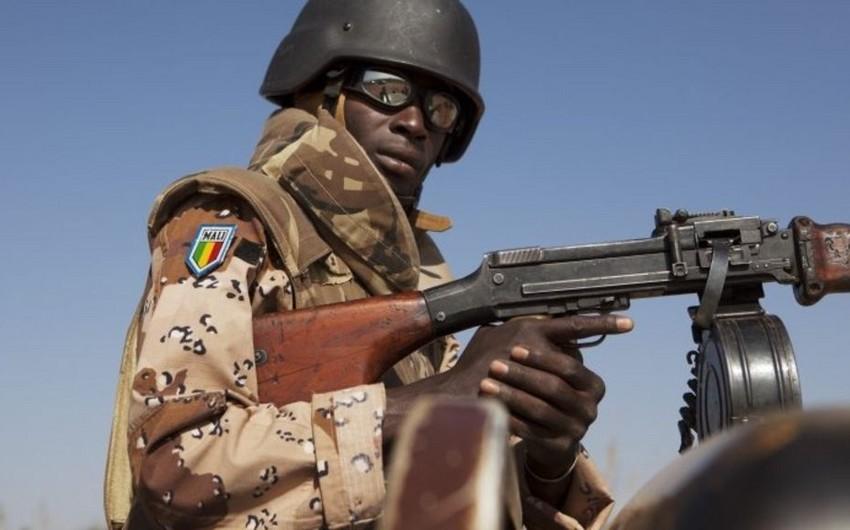 Malidə hücum nəticəsində təhlükəsizlik qüvvələrinin 15 əməkdaşı öldürülüb