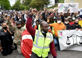 В Сент-Этьене прошла акция протеста против армянских убийц