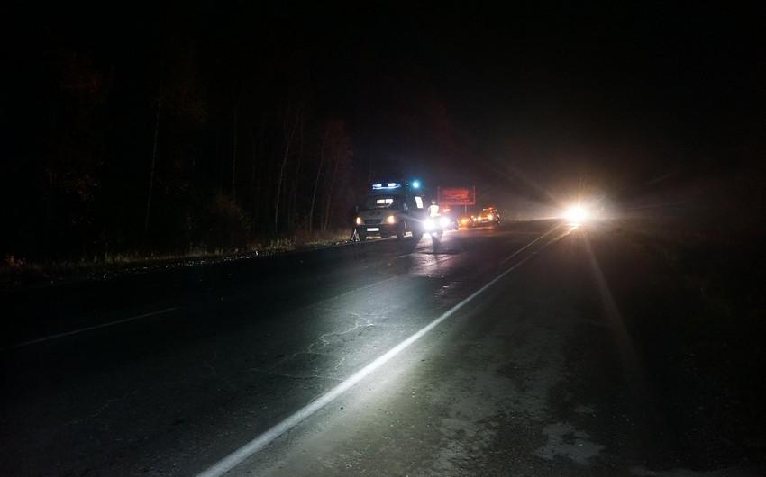 Hacıqabulda iki piyadanı avtomobil vuraraq öldürüb