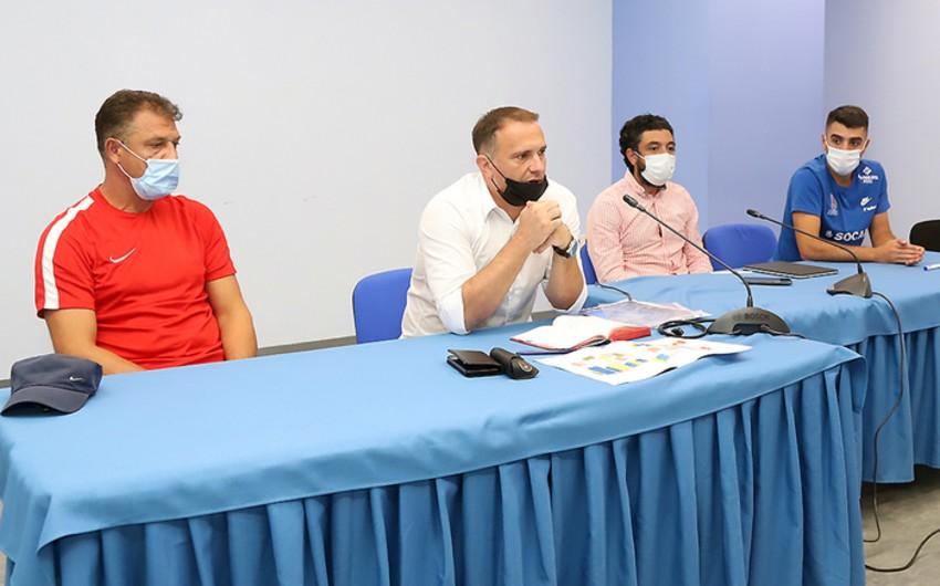 Miloş Velebit Premyer Liqa klublarının koordinatorları iləgörüşüb