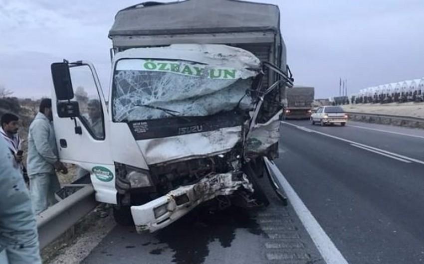 Türkiyədə ağır yol qəzası baş verib, 5 nəfər ölüb, 3 nəfər yaralanıb