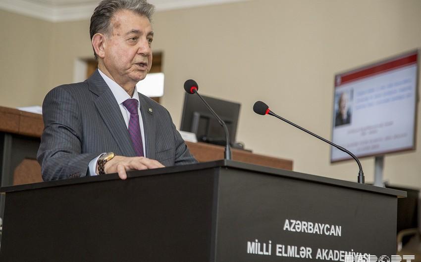 Akif Əlizadə AMEA prezidenti vəzifəsinə təsdiq edilib