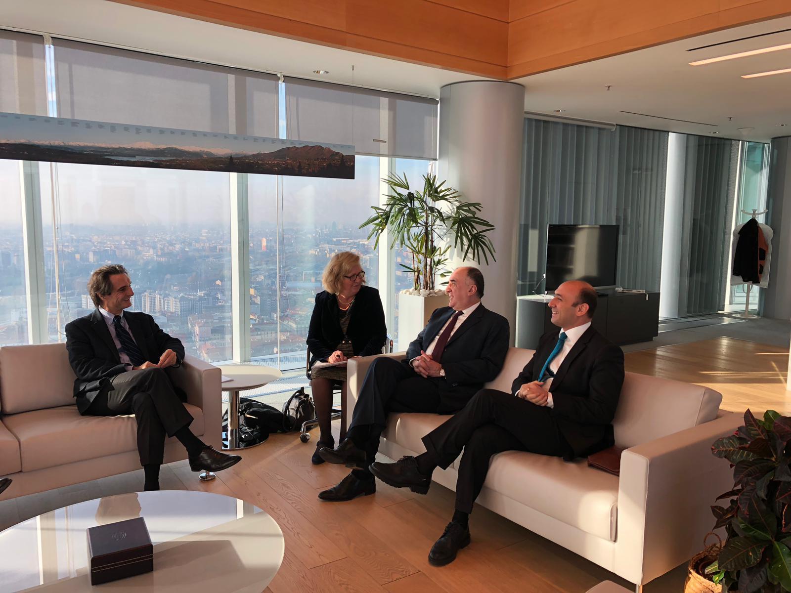 Elmar Məmmədyarov İtaliyanın Lombardiya regionunun prezidenti ilə görüşüb