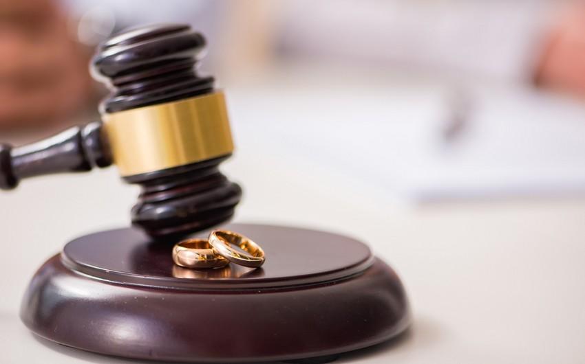 Azərbaycanda uşaqları olmadığına görə boşananların sayı açıqlandı