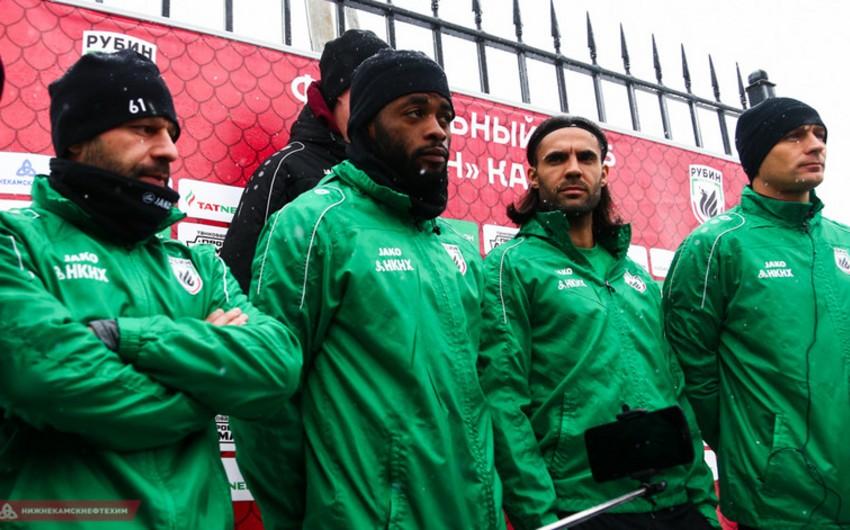 """Rusiyanın """"Rubin"""" komandasının futbolçuları azarkeşlərə bilet alacaqlar"""
