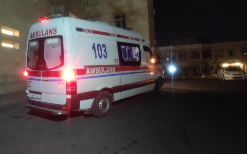 Siyəzəndə qəzada ağır yaralanan kişi Bakıya gətirildi
