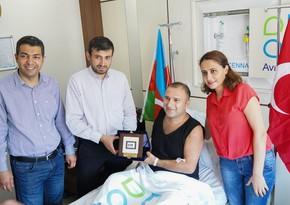 Selcuk Bayraktar visits Azerbaijani veterans treated in Turkey
