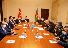 Azərbaycan ilə Türkiyə arasında hərbi-texniki təminat məsələləri müzakirə edilib
