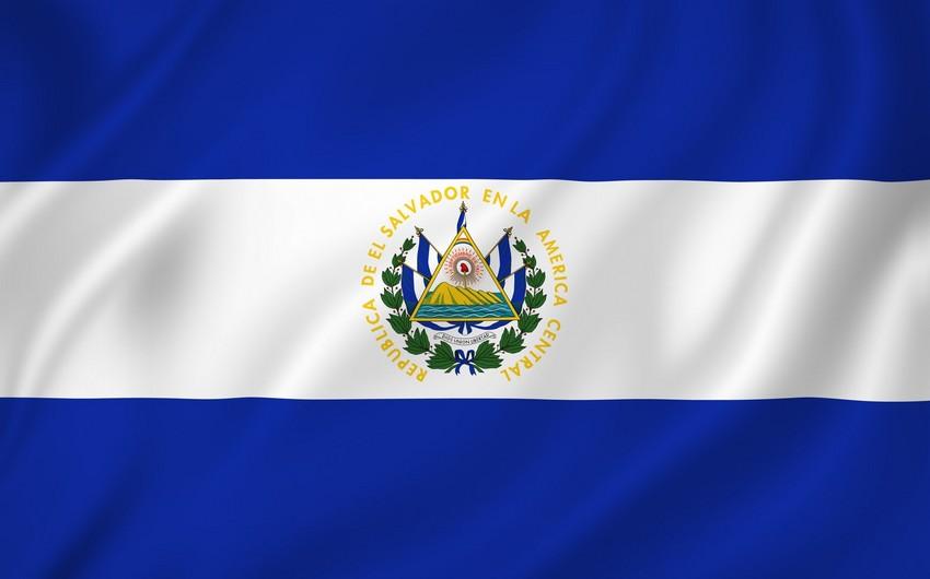 Salvador hökuməti Venesuelanın diplomatlarını ölkədən qovur
