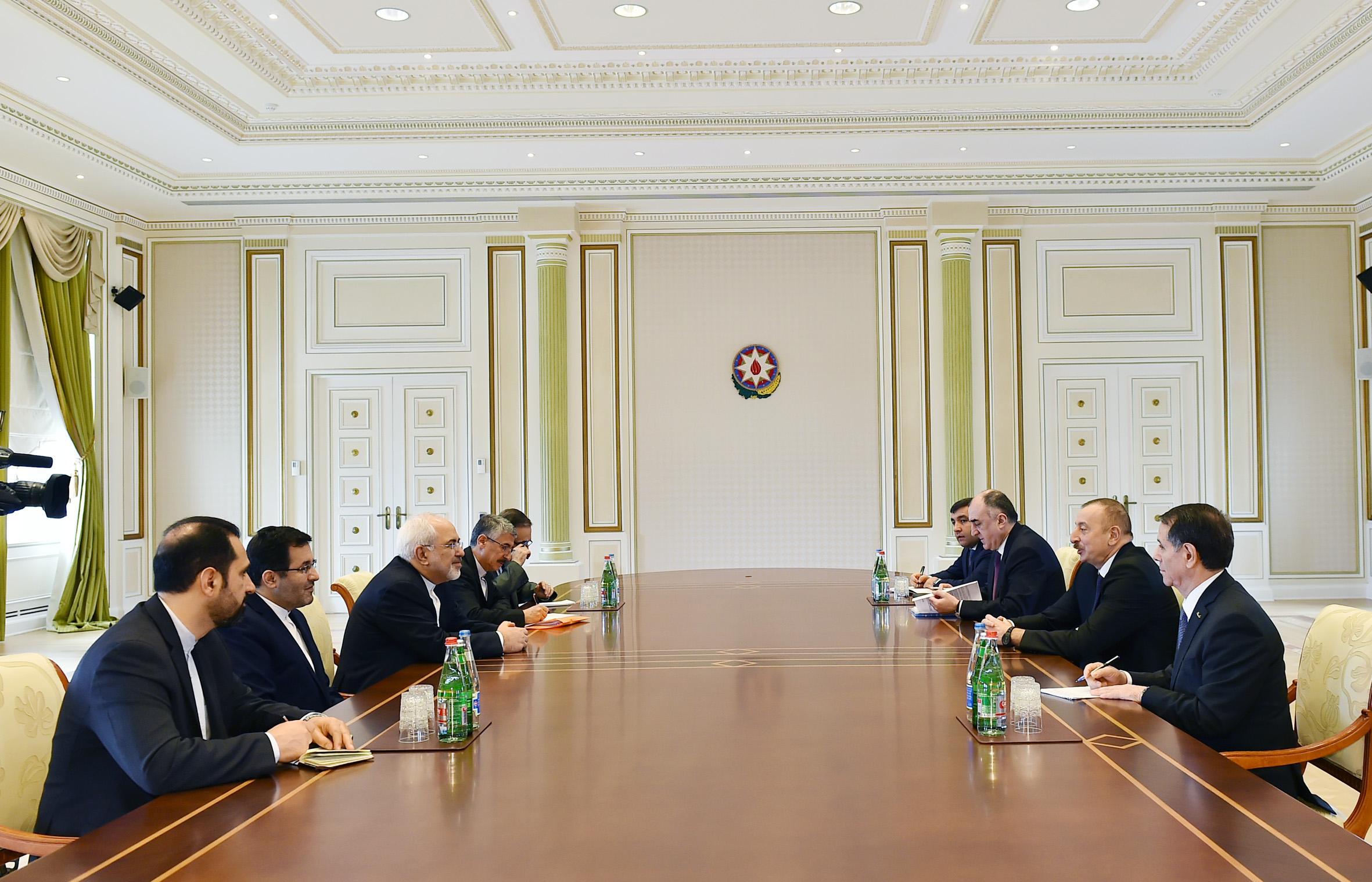 Ильхам Алиев принял главу МИД Ирана