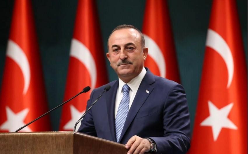 Mövlud Çavuşoğlu: Azərbaycanlı qəhrəmanlarımızı rəhmətlə yad edirəm