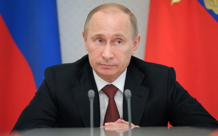 Rusiya prezidenti: Biz imperiyanı bərpa etmək fikrində deyilik
