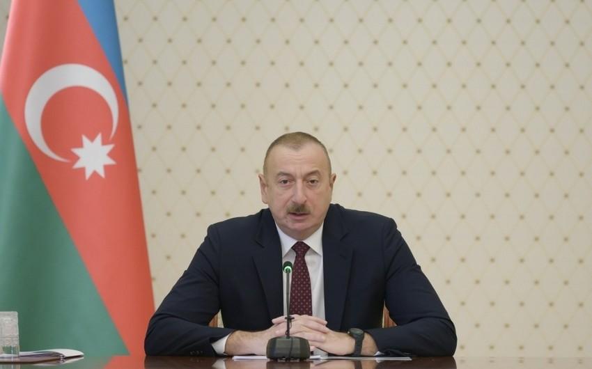 Prezident İlham Əliyev: AXC-Müsavat cütlüyünün başında olan xəyanətkar ünsürlər sanki düşmən kimi Azərbaycanı dağıdırdılar, parçalayırdılar