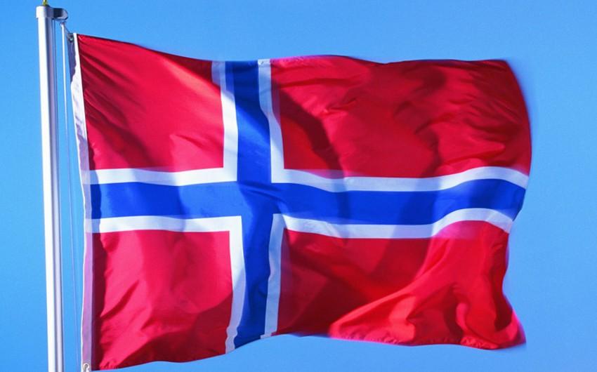 Norveç Türkiyənin 5 zabitinə siyasi sığınacaq verib