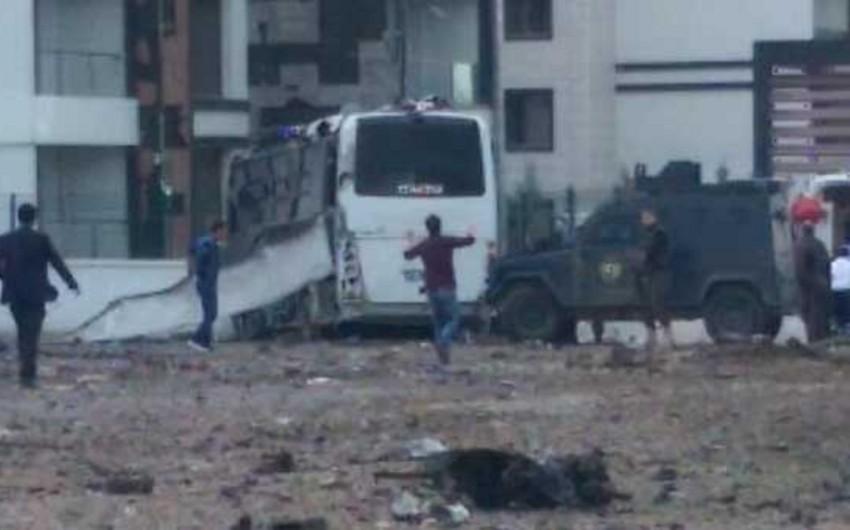 Türkiyədə terror aktı törədilib, 7 polis həlak olub, 27 nəfər yaralanıb - VİDEO - YENİLƏNİB 2