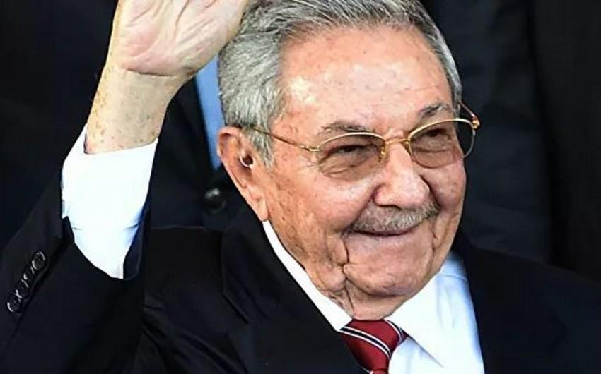 Kubda ABŞ-ın Raul Kastroya qarşı sanksiyalarını pisləyib