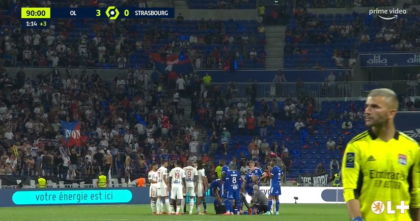 Midfielder faints on pitch during French championship match